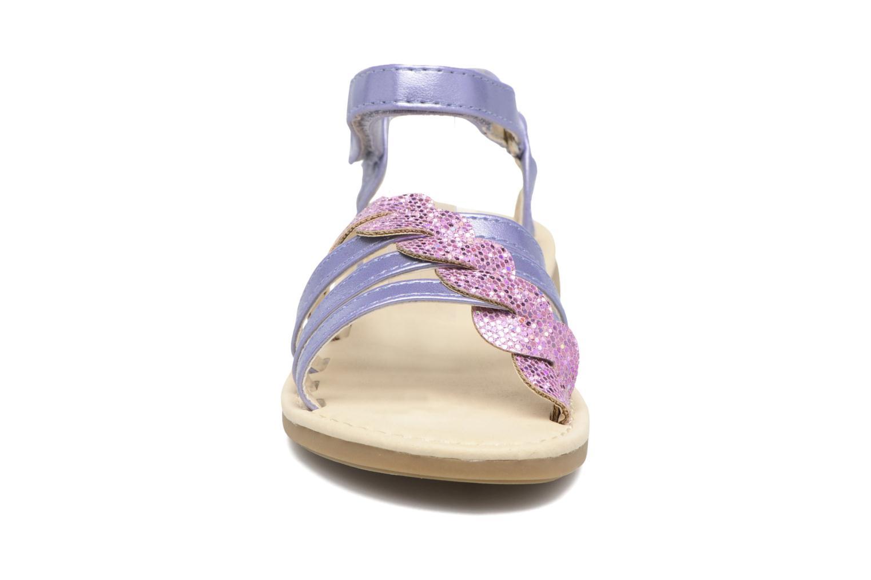 Sandaler NA! Feerie Lila bild av skorna på