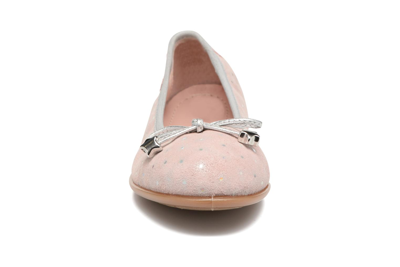 Ballerines Unisa Sasha Rose vue portées chaussures