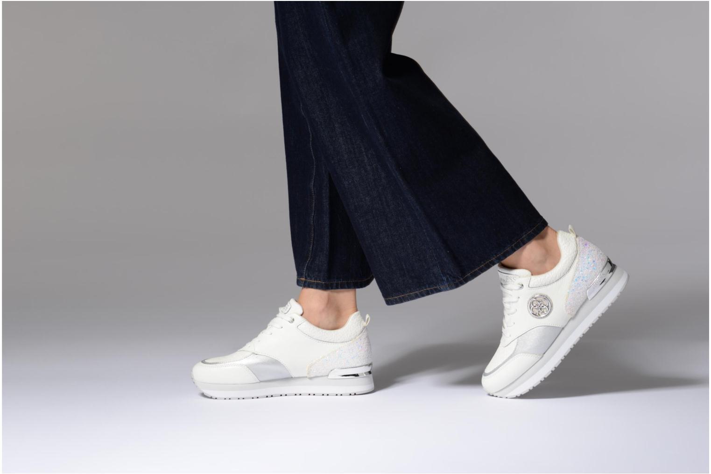 Sneakers Guess Rimma Bianco immagine dal basso