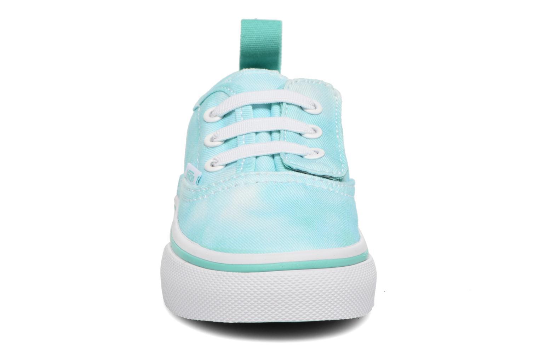Baskets Vans Authentic V Lace BB Bleu vue portées chaussures