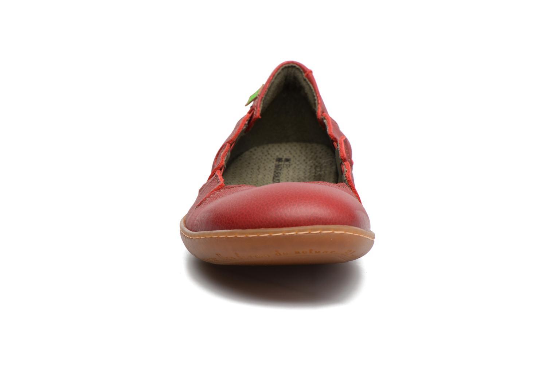 Ballerines El Naturalista El Viajero N5272 Rouge vue portées chaussures