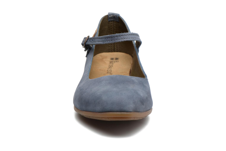Ballerines El Naturalista Stella ND58 Bleu vue portées chaussures
