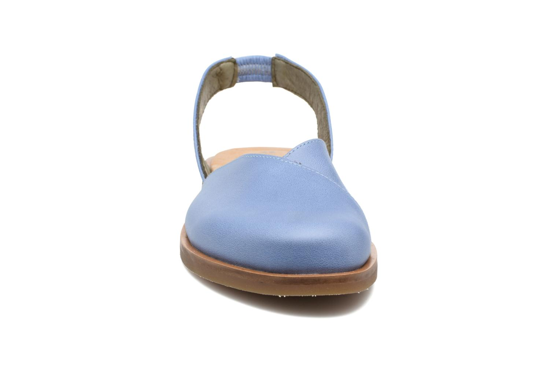 Sandales et nu-pieds El Naturalista Tulip NF38 Bleu vue portées chaussures