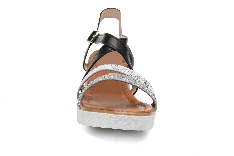 Sandales et nu-pieds Xti Japy 46651 Noir vue portées chaussures