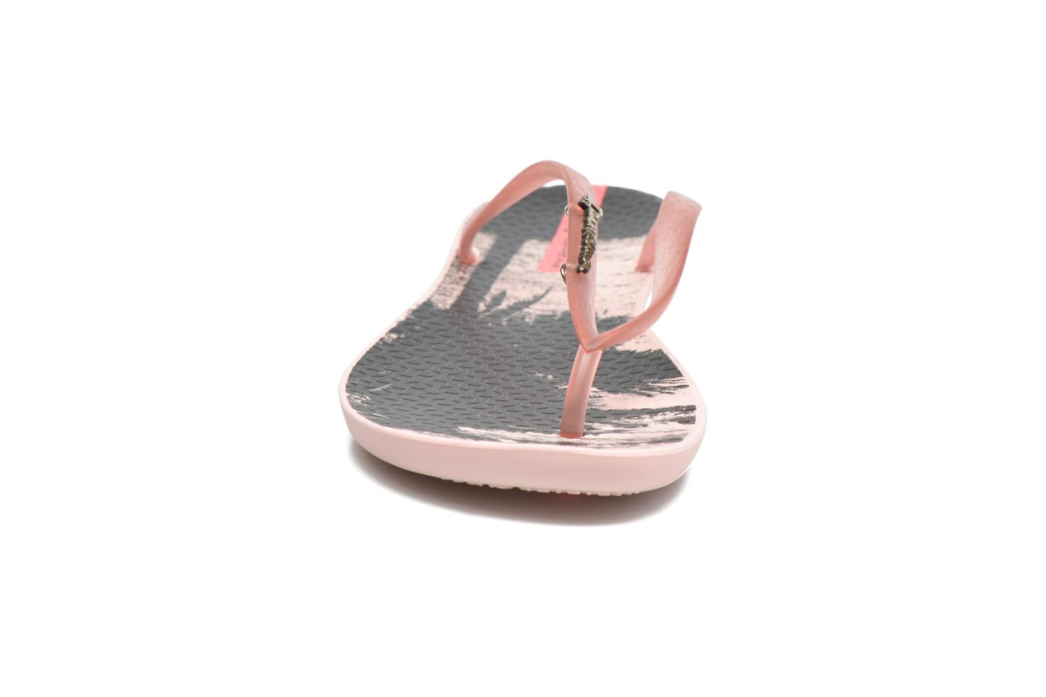 Tongs Ipanema Wave Tropical Rose vue portées chaussures