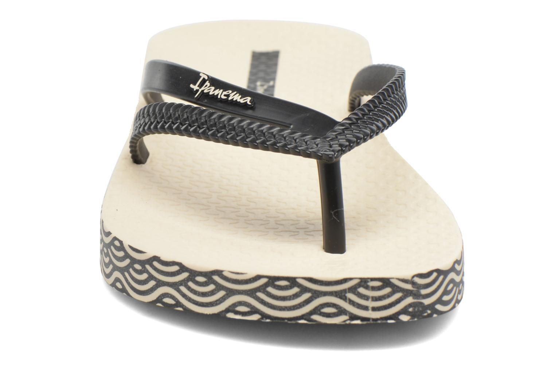 Tongs Ipanema Bossa Soft Beige vue portées chaussures