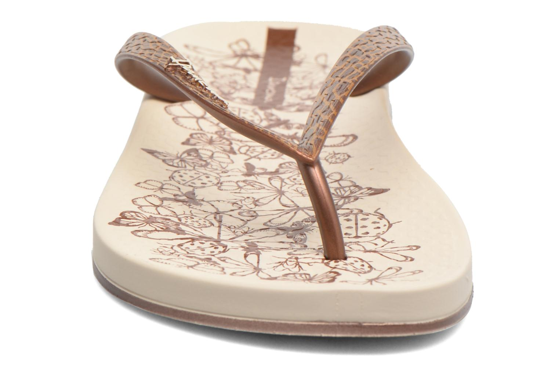 Tongs Ipanema Anatomic Nature Beige vue portées chaussures