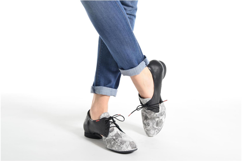 Chaussures à lacets Think! Guad 80287 Gris vue bas / vue portée sac