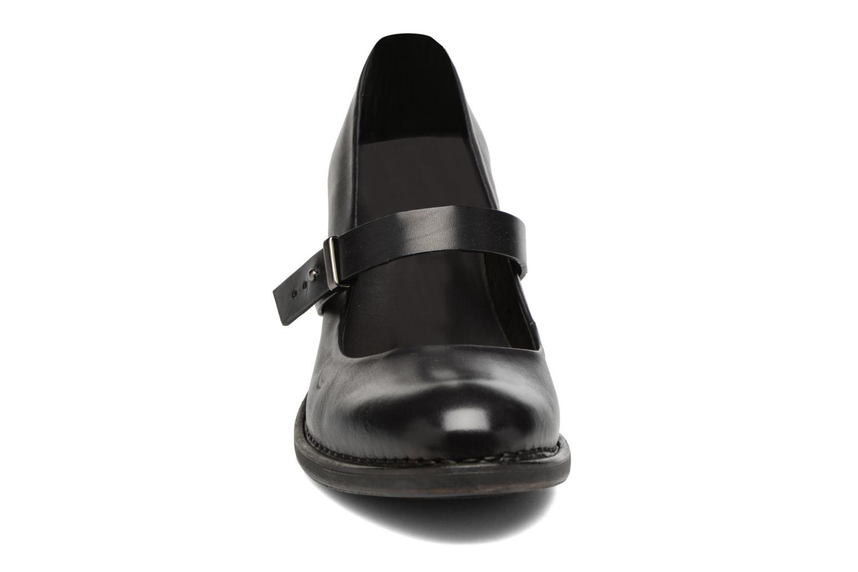 Escarpins Neosens Baladi S279 Noir vue portées chaussures