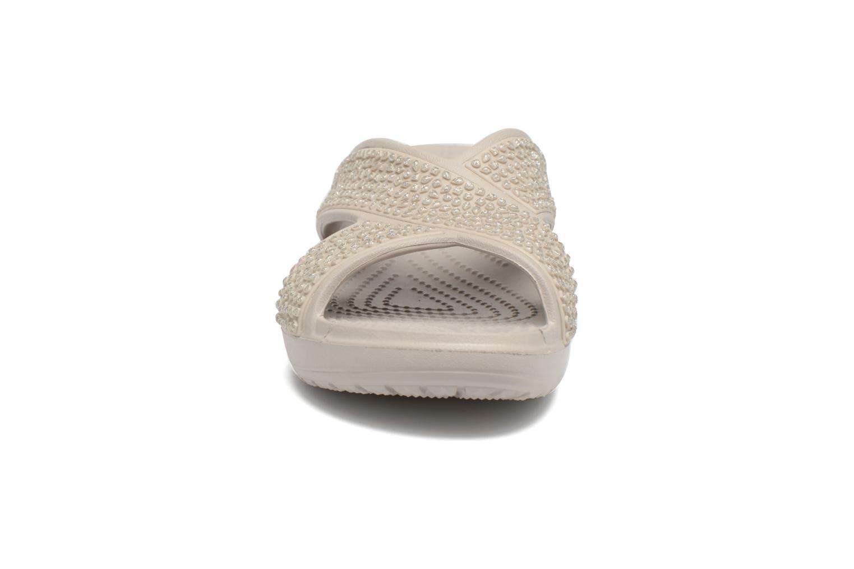 Mules et sabots Crocs CrocsSloane Embellished Xstrap Gris vue portées chaussures
