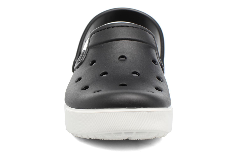 Sandales et nu-pieds Crocs CitiLane Clog Noir vue portées chaussures