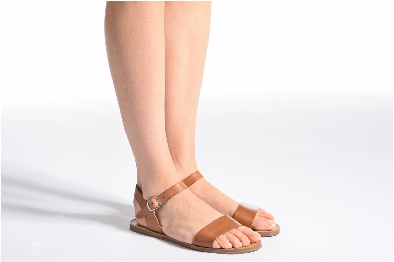 Sandales et nu-pieds Steve Madden Kondi Sandal Marron vue bas / vue portée sac