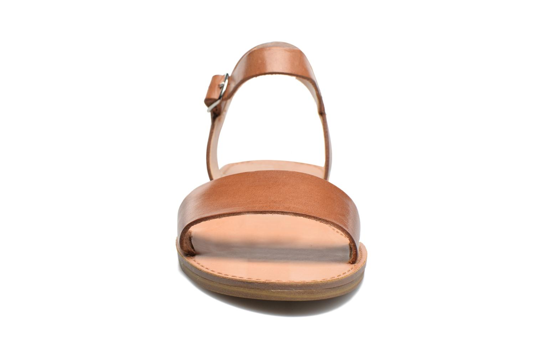 Sandales et nu-pieds Steve Madden Kondi Sandal Marron vue portées chaussures