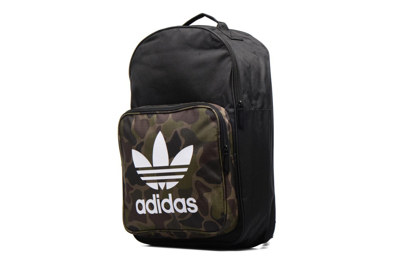 Sacs à dos Adidas Originals CLASSIC BP CAMO Sac à dos Noir vue portées chaussures