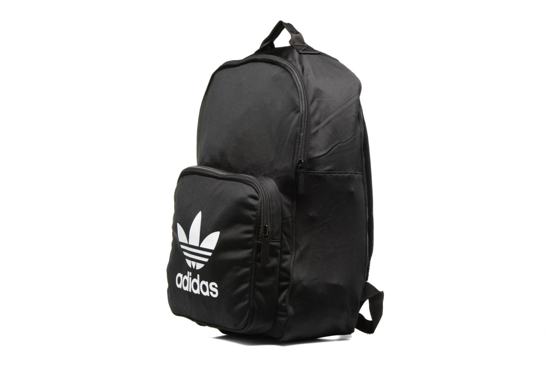Sacs à dos Adidas Originals BP CL TRICOT Sac à dos Noir vue portées chaussures