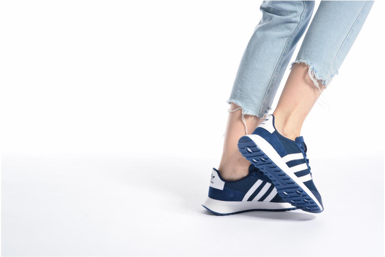 Deportivas Adidas Originals Flb W Rosa vista de abajo