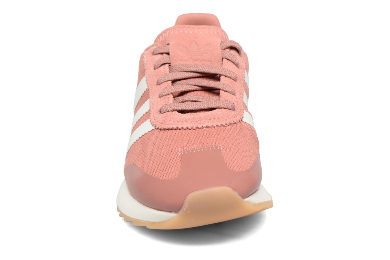 Deportivas Adidas Originals Flb W Rosa vista del modelo