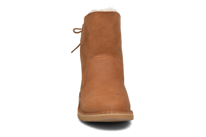 Bottines et boots UGG W Naiyah Marron vue portées chaussures