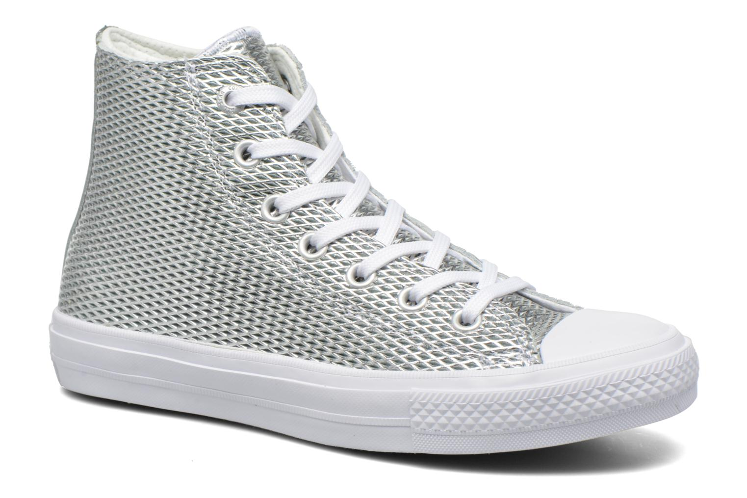 Baskets Converse Chuck Taylor All Star II Hi Perf Metallic Leather Argent vue détail/paire