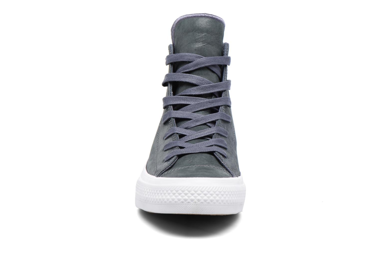 Baskets Converse Chuck Taylor All Star II Hi Craft Leather Bleu vue portées chaussures