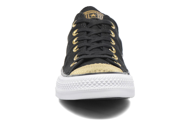 Baskets Converse Chuck Taylor All Star Ox Metallic Toecap Noir vue portées chaussures