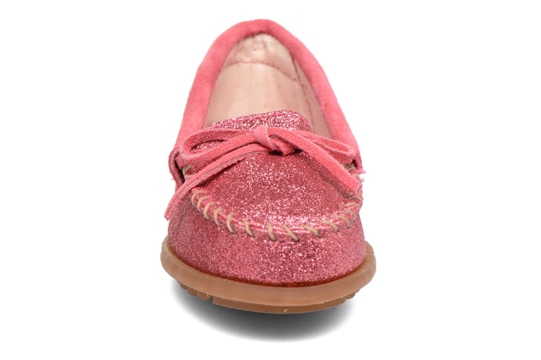 Slipper Minnetonka Glitter Moc rosa schuhe getragen