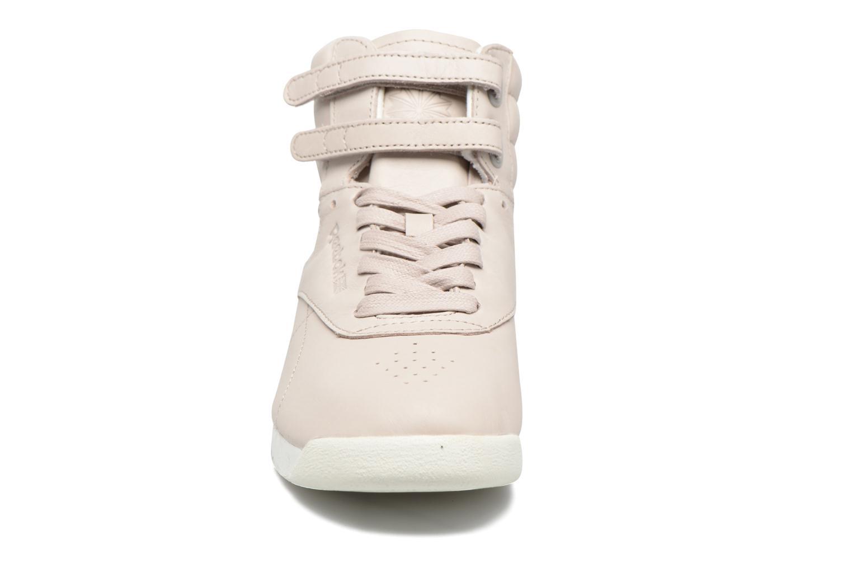 Baskets Reebok F/S Hi Face 35 Gris vue portées chaussures