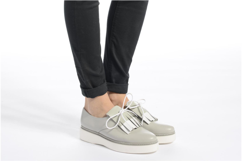 Chaussures à lacets What For Lily Gris vue bas / vue portée sac