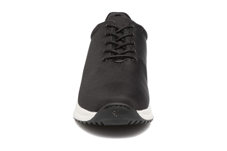 Baskets Vagabond Shoemakers CINTIA RUN 4324-080 Noir vue portées chaussures