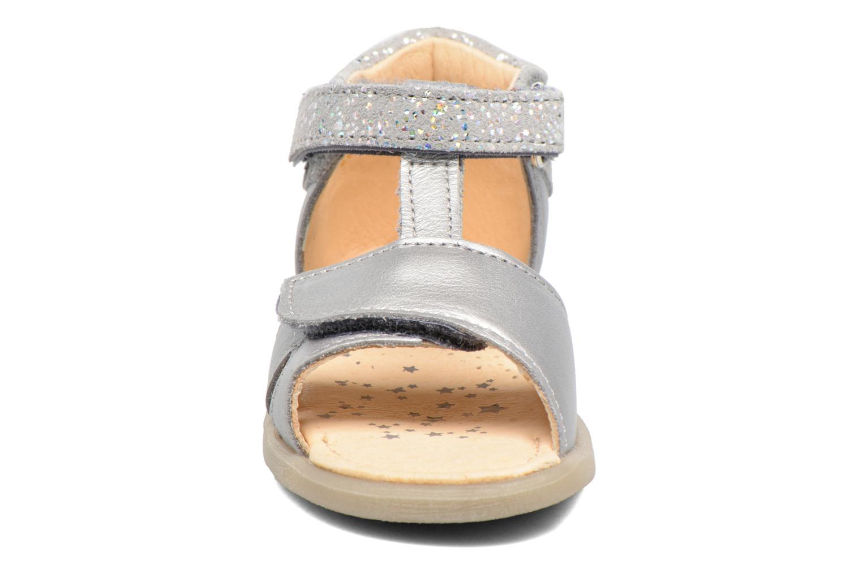 Sandales et nu-pieds Babybotte Tchipi Argent vue portées chaussures