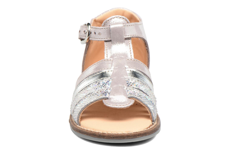 Sandales et nu-pieds Babybotte Teoxana Argent vue portées chaussures