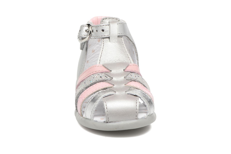 Sandales et nu-pieds Babybotte Guppy4 Argent vue portées chaussures