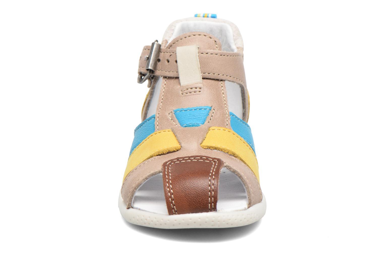Sandales et nu-pieds Babybotte Gumper Multicolore vue portées chaussures