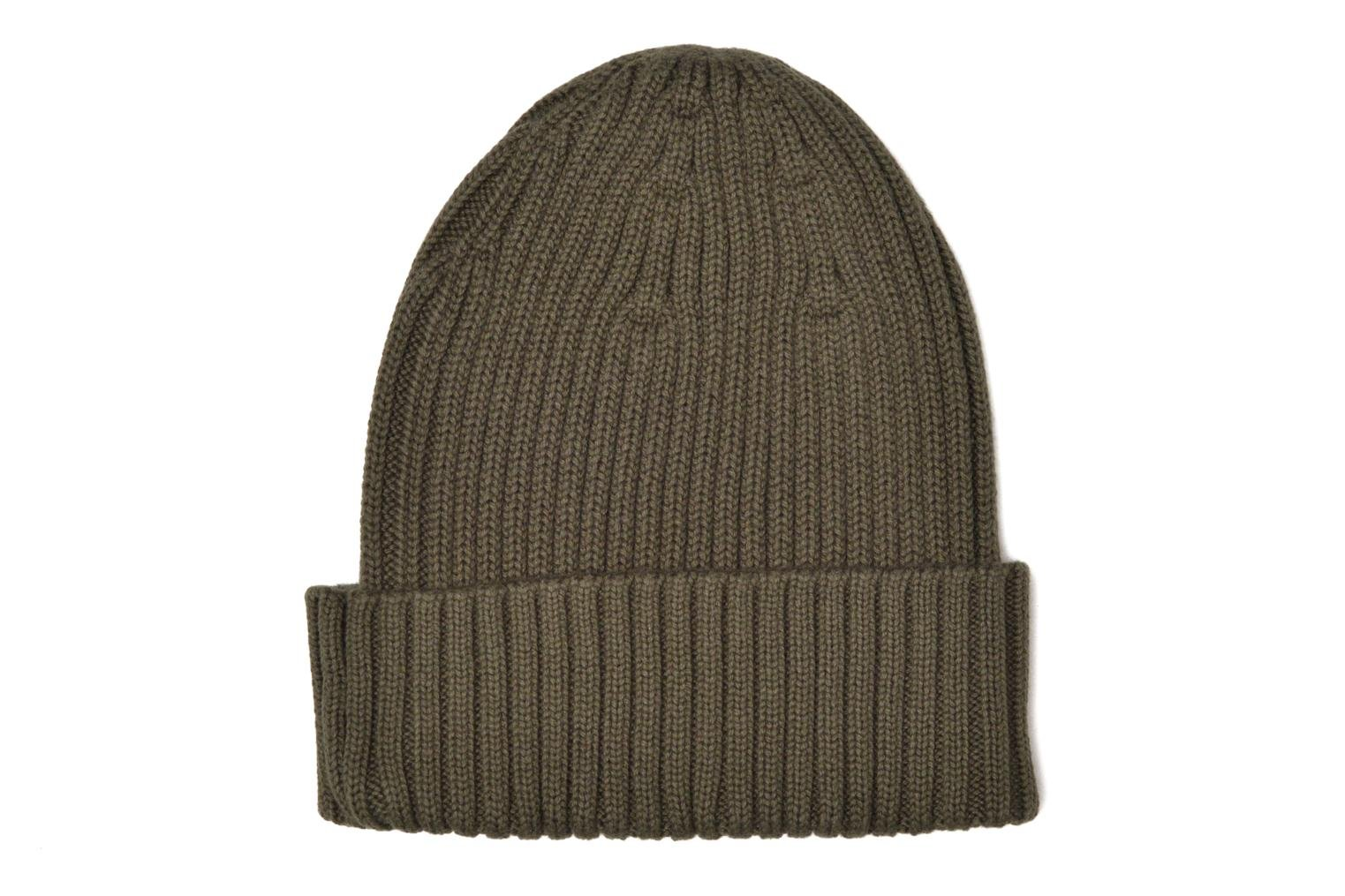 Divers Fred Perry COTTON RIBBED BEANIE Gris vue portées chaussures
