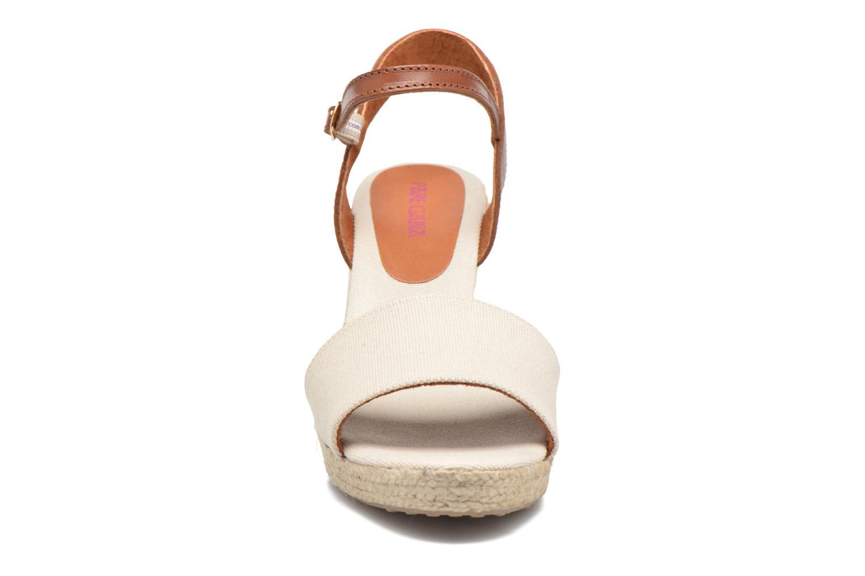 Sandales et nu-pieds Pare Gabia Marina Beige vue portées chaussures