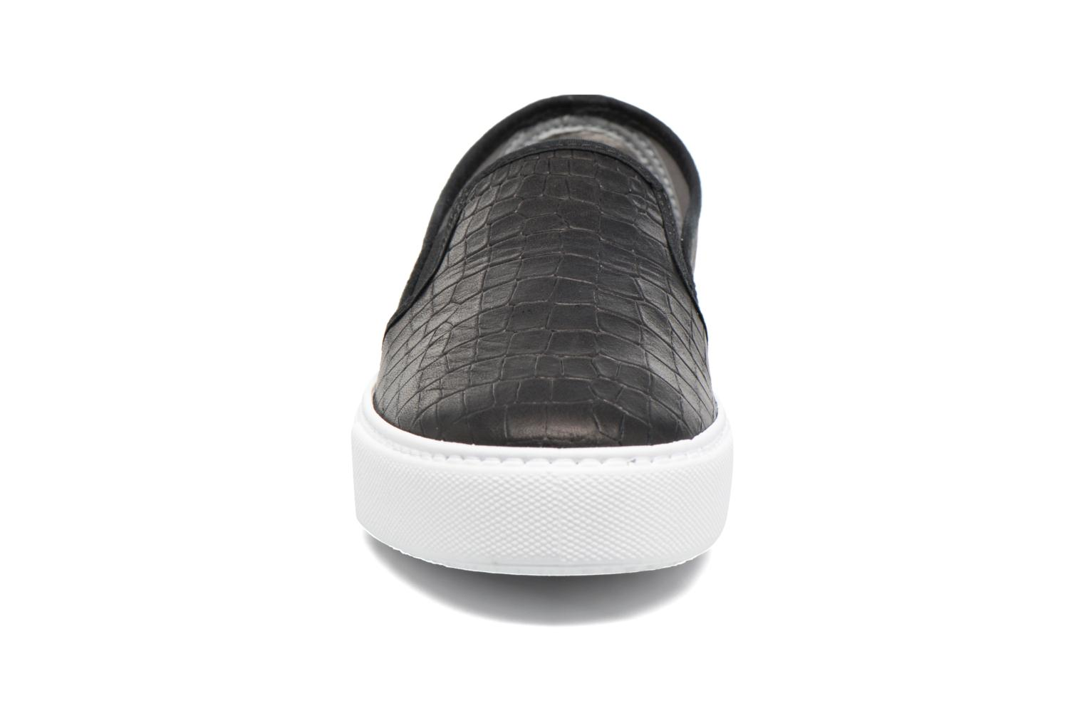 Slip On Lino Detalle Marron Croco negro