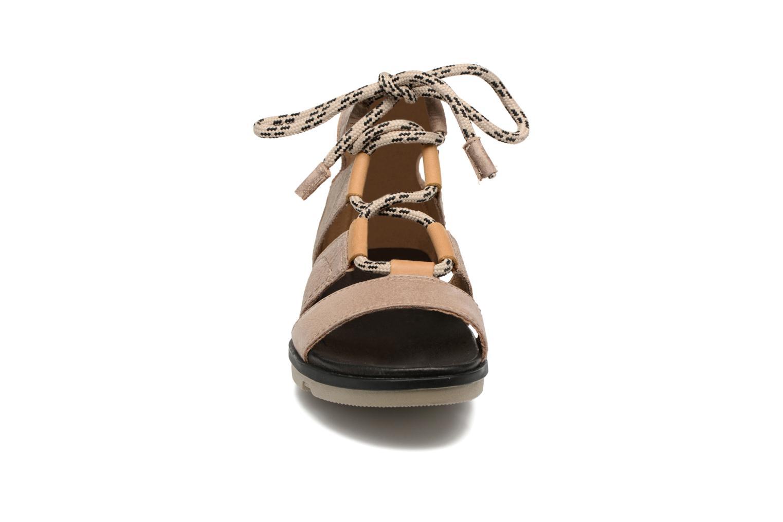 Sandales et nu-pieds Sorel Torpeda lace II Beige vue portées chaussures