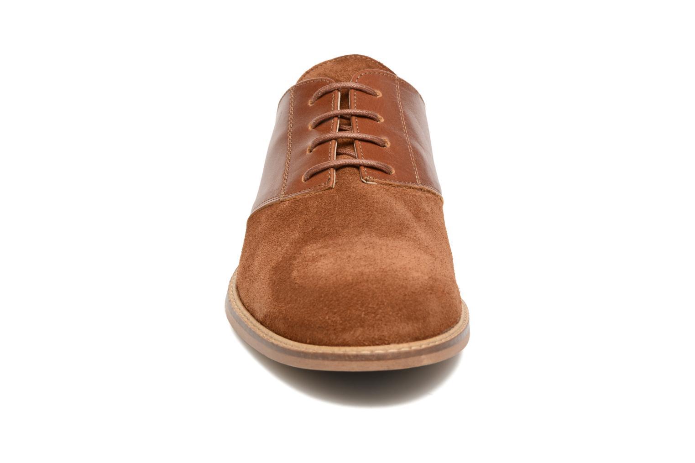 Chaussures à lacets M. Moustache Maurice Marron vue portées chaussures