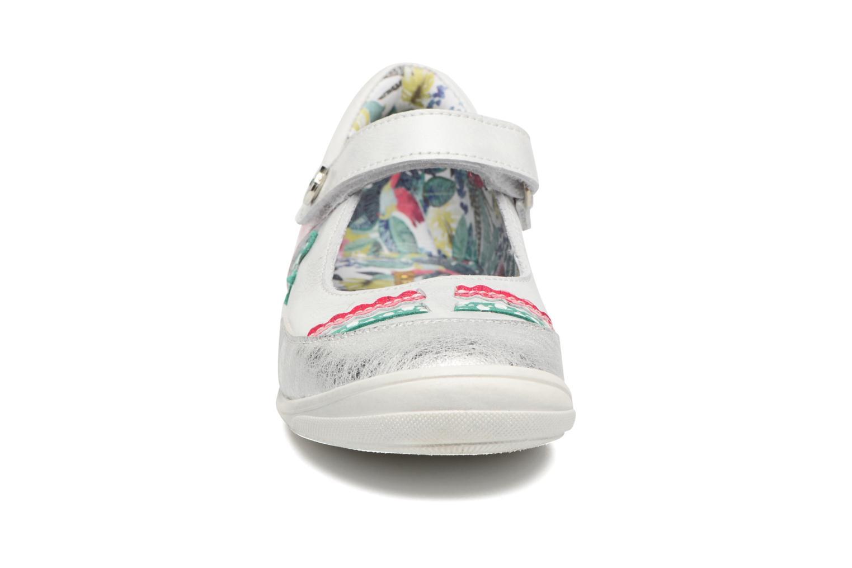 Ballerines Catimini Polygone Blanc vue portées chaussures