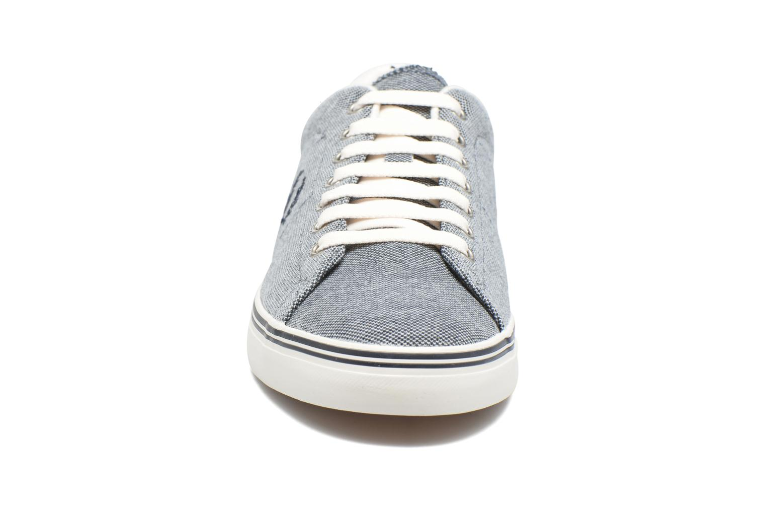 Baskets Fred Perry Underspin Oxford Bleu vue portées chaussures