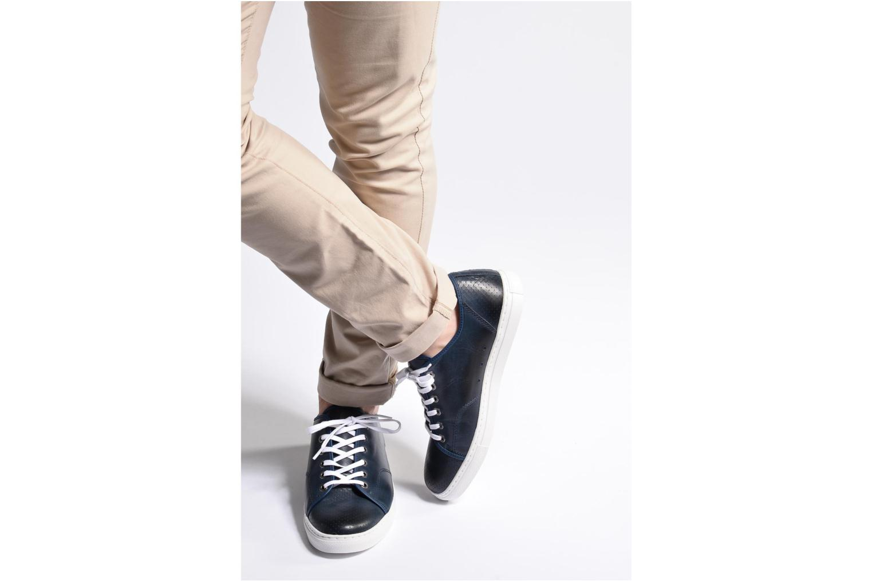 Sneaker Mr SARENZA Stord blau ansicht von unten / tasche getragen