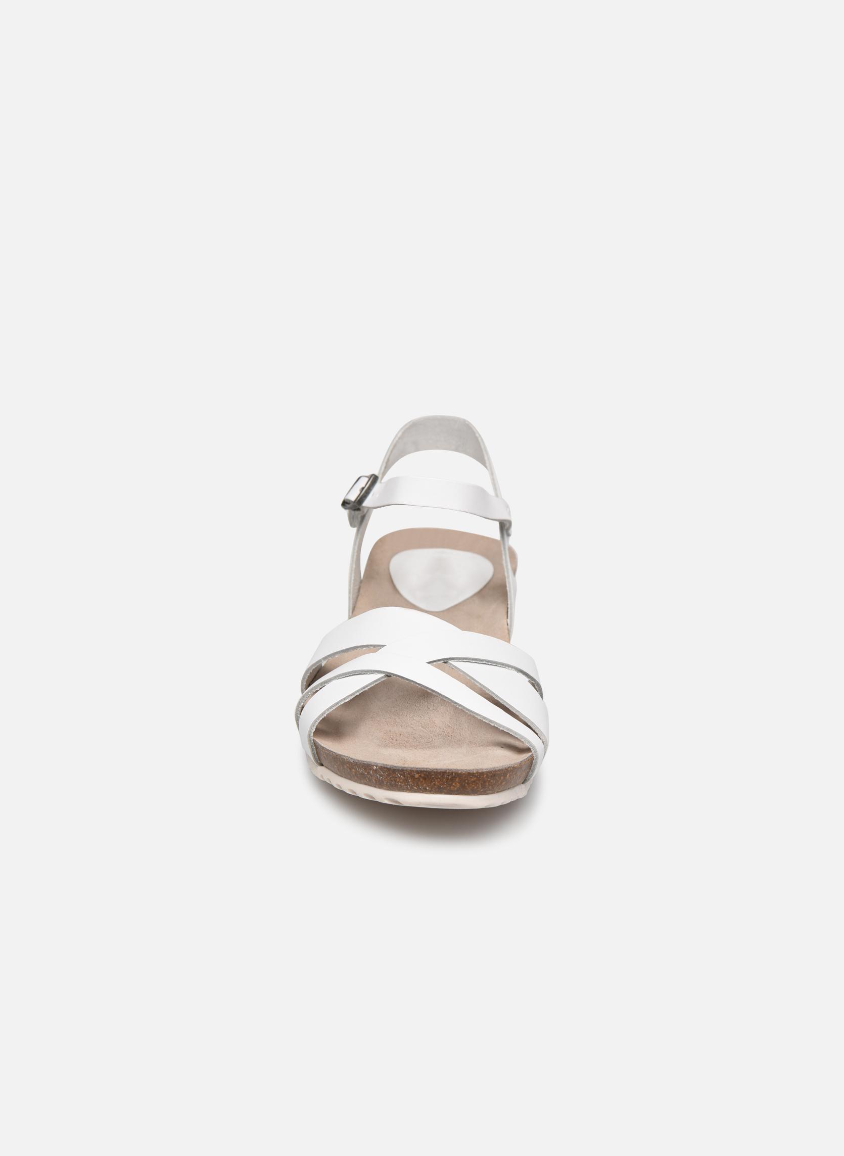 Sandales et nu-pieds TBS Sabinne Blanc vue portées chaussures