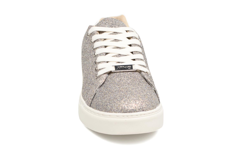 Baskets ONLY Suzy Glitter Sneaker Argent vue portées chaussures
