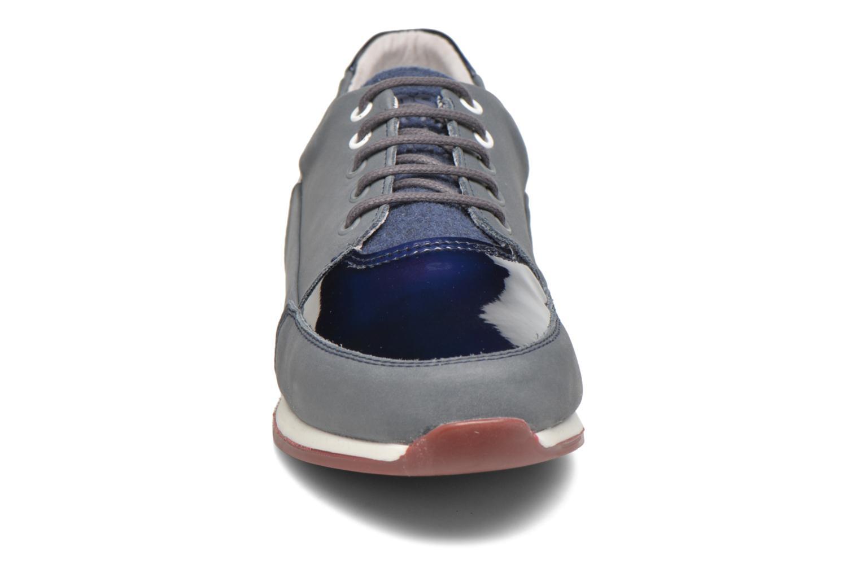 Baskets TBS Garance Bleu vue portées chaussures