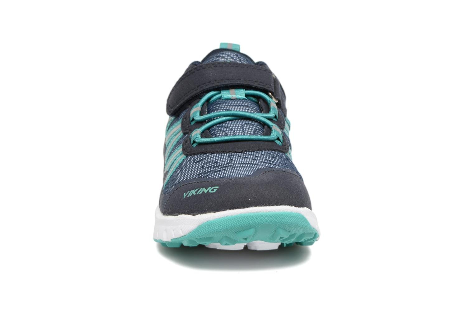 Sport shoes Viking Holmen Blue model view
