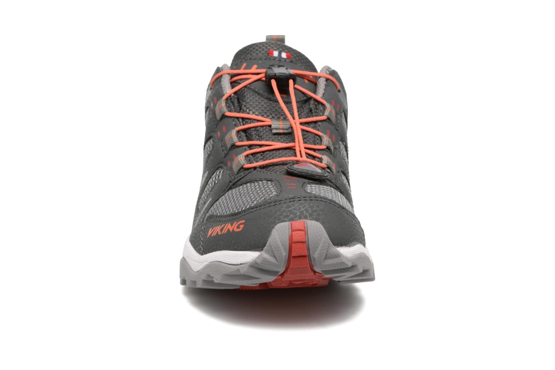 Chaussures de sport Viking Terminator GTX Gris vue portées chaussures