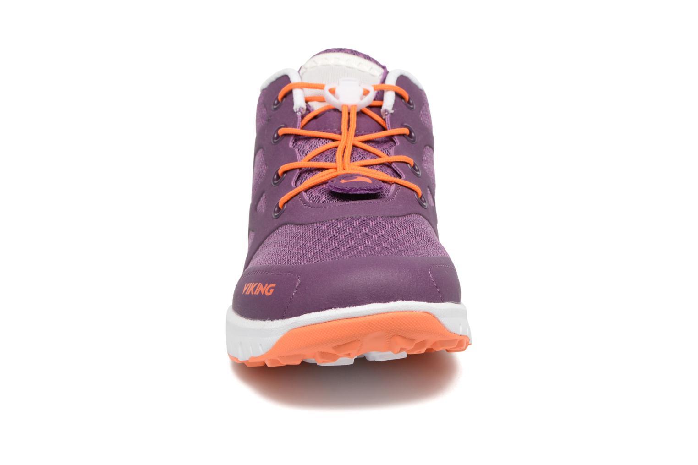 Chaussures de sport Viking Saratoga II Violet vue portées chaussures