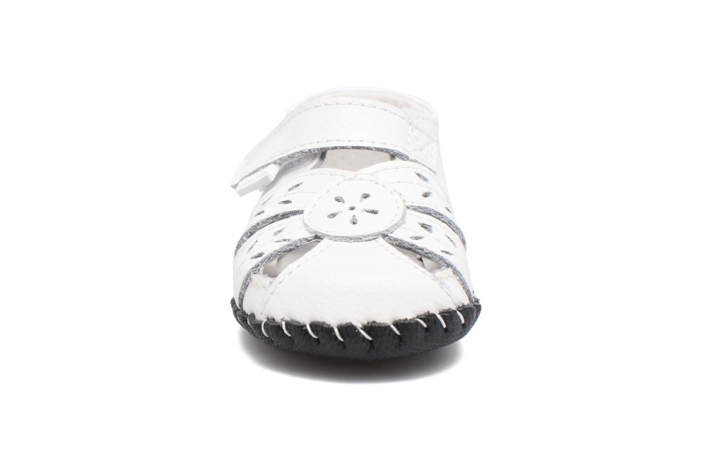 Chaussons Pediped Daphne Blanc vue portées chaussures