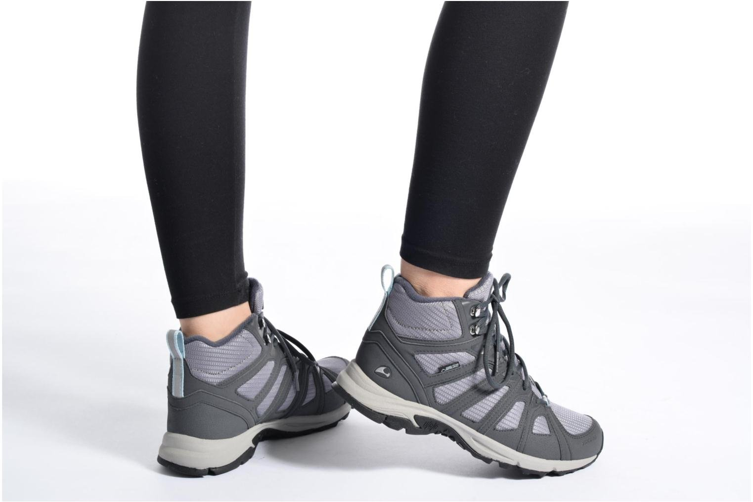 Sport shoes Viking IMPULSE MID W Grey view from underneath / model view