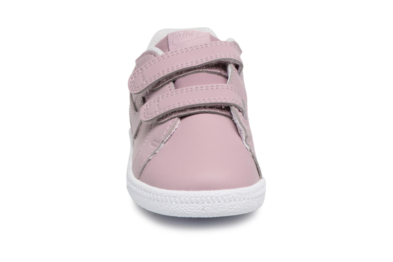 Sneakers Nike Nike Court Royale (Tdv) Rosa modello indossato